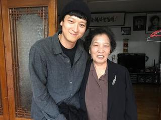カン・ドンウォン、自身が演じた故李韓烈烈士のために2億寄付