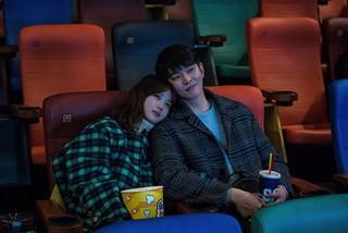 俳優ユン・ギュンサン、主演ドラマ「まずは熱く掃除せよ」最終回を前に心境を伝える!