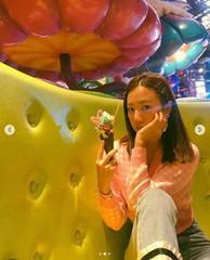 「Apink」キム・ナムジュ、甘いスイーツがよく似合う日常写真を公開!