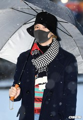 「SHINee」テミンの雪の中の「ミュージックバンク」出勤写真♥…「WANT」音楽放送初公開